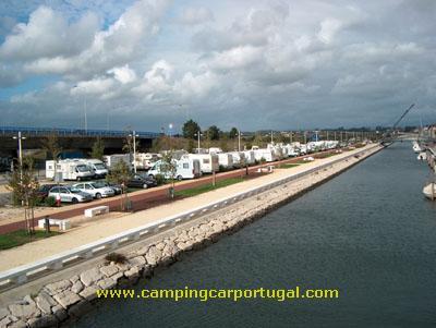 Estacionamento das Autocaravanas junto ao canal de S.Roque