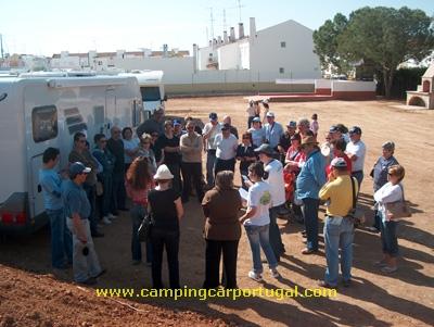 De manhã, a apresentação dos técnicos de turismo ao grupo do CampingCar Portugal